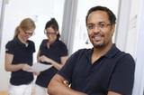 Zahnarztpraxis im Medienhafen Dr. Laja & Kollegen