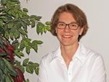 Dr. Eva Hacker