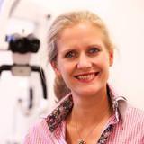 Dr. Anja Grapengiesser