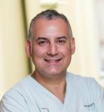 Zahngenial -  Dr. Peyman Hodawandkhani und Kollegen