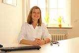 Dr. med.  Claudia Lodziewski