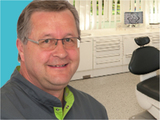 Dr.  Rüdiger Fust