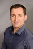 Sales Manager Peter Niemann