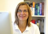 Frau Dr med. A. Kremer