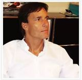 Dr . Frank Wieczorek