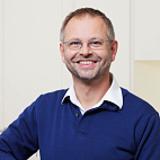 Dr. Oliver Hoppe